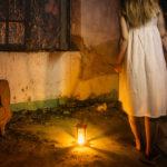 S18 Una ventana a la oscuridad – Retrato escena nocturna