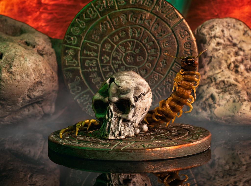 Dest S22 Ek Chapat - Miedo, Mayas y una escolopendra