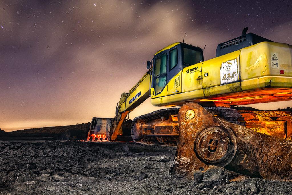 Moon works – La famosa excavadora nocturna